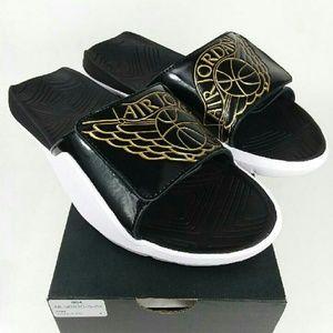 NWT Jordan Hydro 7 Slides Sandals